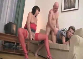 Nasty dad sticks his hard prick in daughter's cunt