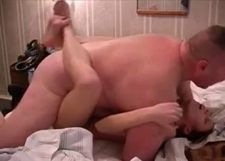 Cute stepdaughter adores nasty incest fuck
