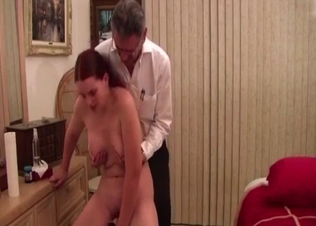 Naked big-boobed stepdaughter and a daddy