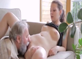 Busty babe gets her puss licked by grandpa